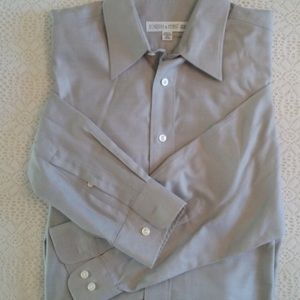 Men's dress shirt long sleeve buttons up
